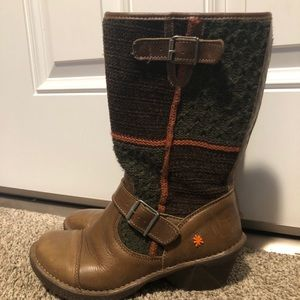 The Art Company brown leather sweater Boots size40